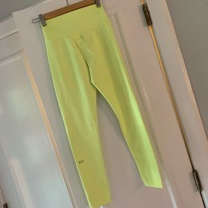 Splits59 neon yellow leggings. Size S